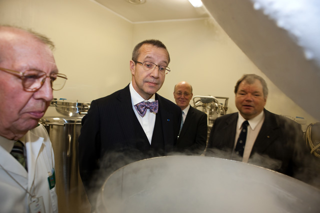 Estonian President Toomas Hendrik Ilves at the Estonian Genome Centre