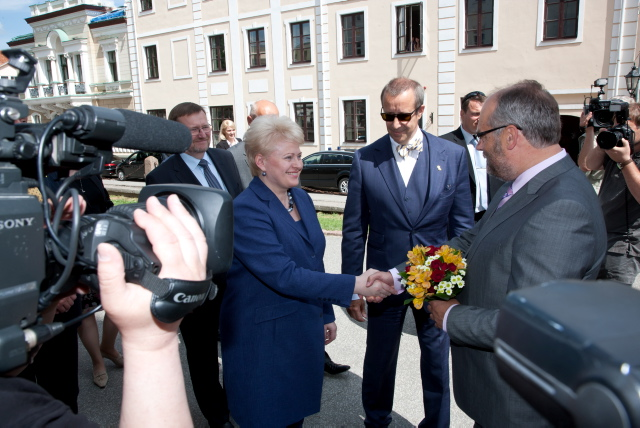Rector Alar Karis welcomes President of Lithuania at the University of Tartu