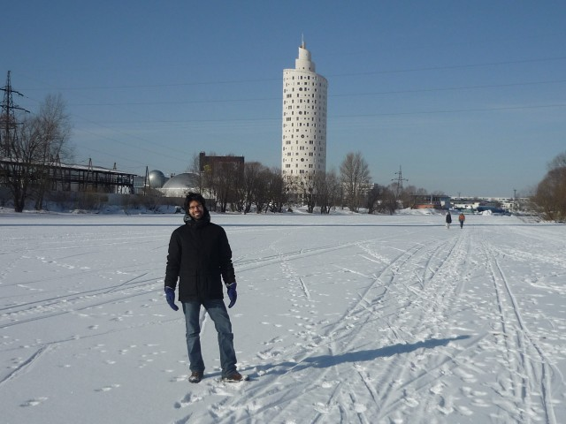 Francesco Orsi walking on the Emajõgi river in Tartu, Estonia