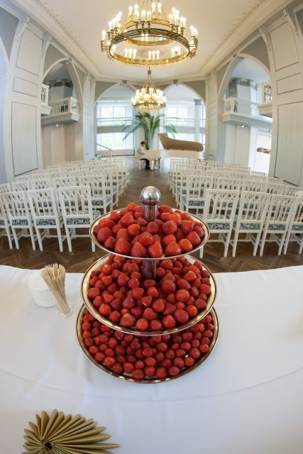 strawberries in the white hall
