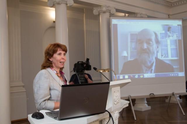Margit Sutrop introduces Arvo Pärt course