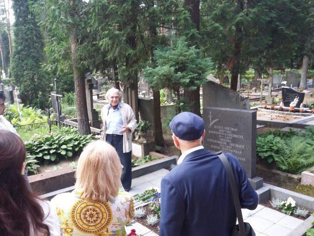 Greimas' grave in Petrašiūnai Cemetery